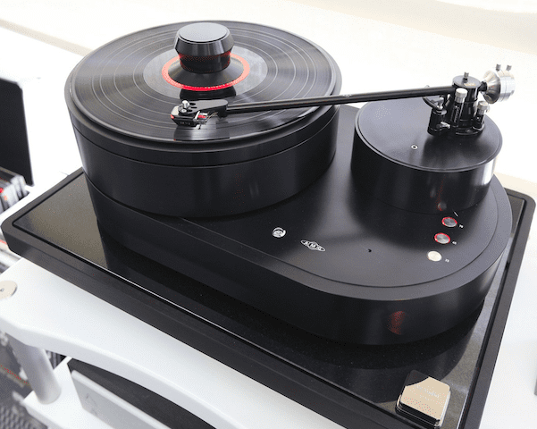 US Debut of AMG Viella Forte Turntable