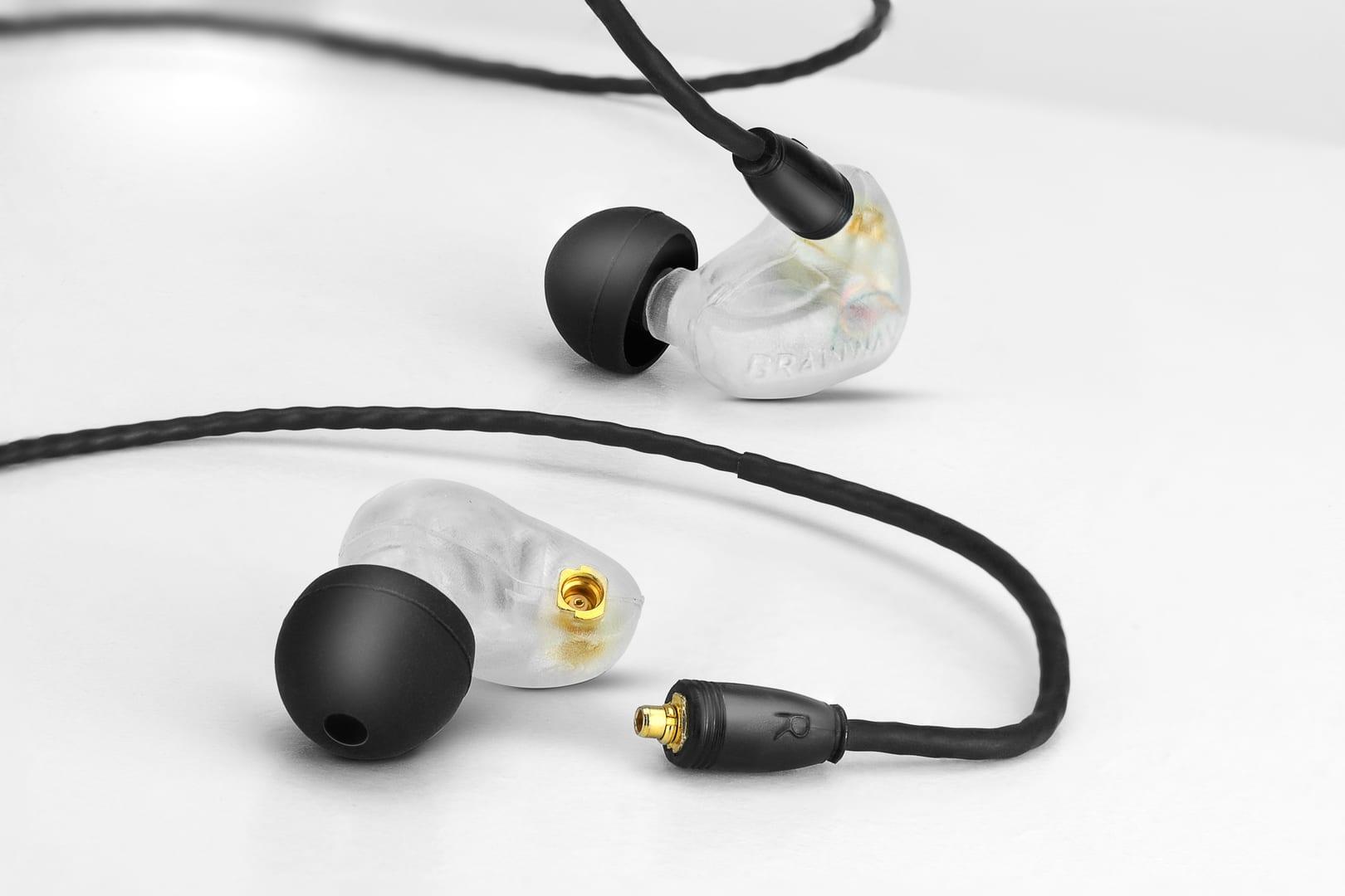Brainwavz B400 earphone
