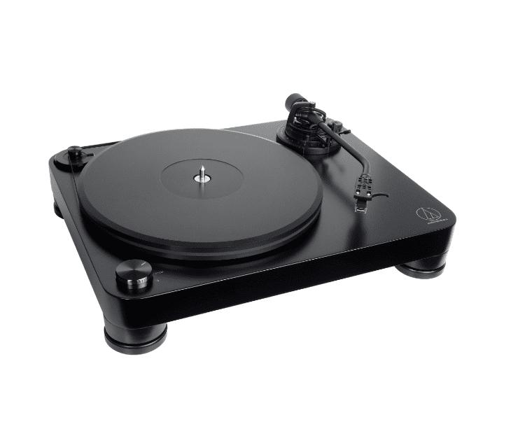 Audio-Technica AT-LP7 Turntable