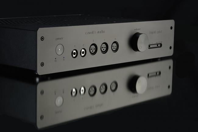 Cavalli Audio Liquid Gold Headphone Amplifier