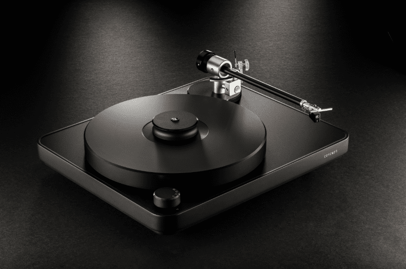 Clearaudio Concept Black Turntable with Satisfy Tonearm