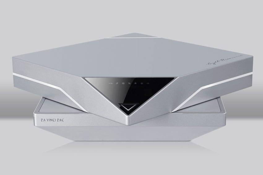 Light Harmonic Da Vinci Digital-to-Analog Converter