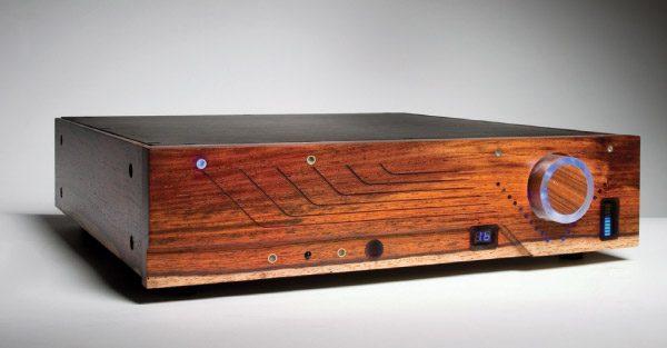 Soundsmith Strain-Gauge Cartridge and Phono Preamp (TAS 201)