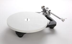 PL10 offside with Platter